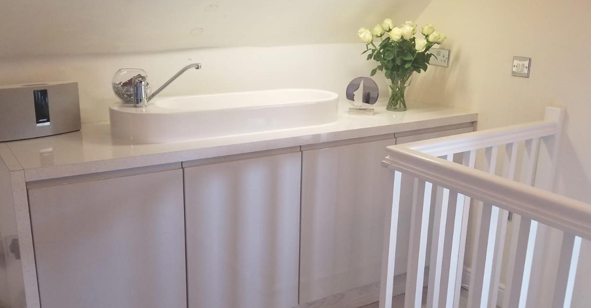Salon sink